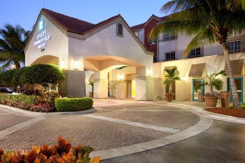 cruise port of miami cruises in miami florida. Black Bedroom Furniture Sets. Home Design Ideas